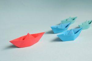 Båd foran både